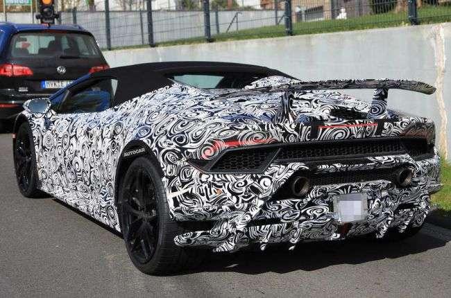 Lamborghini в 2017 році представить відкриту версію Huracan Performante