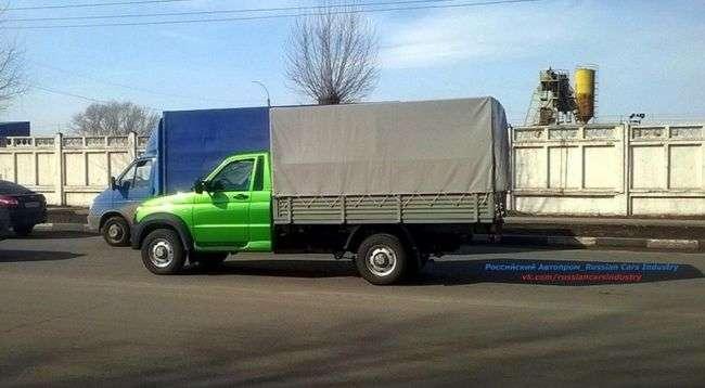 Стали відомі свіжі подробиці про новий УАЗ «Карго»