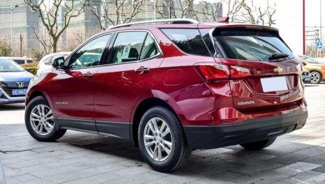 Стартували «живі» продажі нового кросовера Chevrolet Equinox