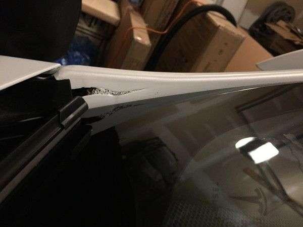 Замовнику Tesla Model S доставили сильно бракований електрокар
