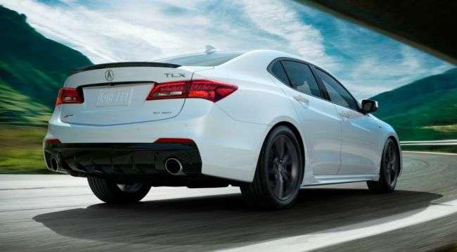 У Нью-Йорку представлений оновлений преміальний седан Acura TLX 2018
