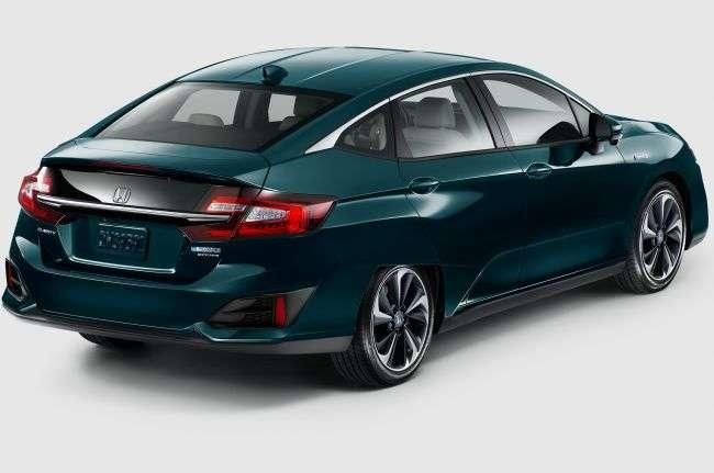 Гібридна і електрична версії Honda Clarity дебютували в Нью-Йорку
