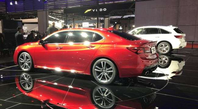 Acura презентувала подовжений седан «TLX-L»
