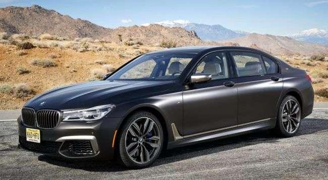 Флагманський BMW потрапив під відкликання через витік масла