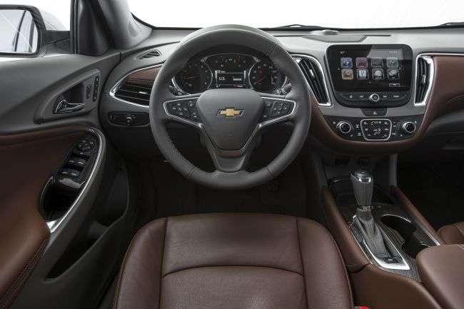 На заводі GM Uzbekistan приступили до складання бізнес-седана Chevrolet Malibu