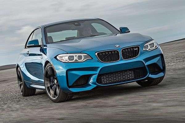 Оновлене купе BMW M2 розсекретили на фото до премєри