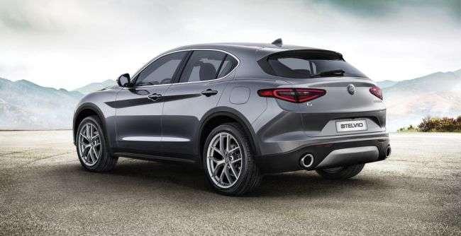 Вартість кросовера від Alfa Romeo в США починається від 41 995 доларів