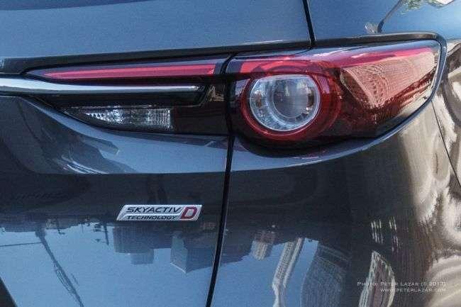 Новий трирядне кросовер Mazda представлений на фото без камуфляжу