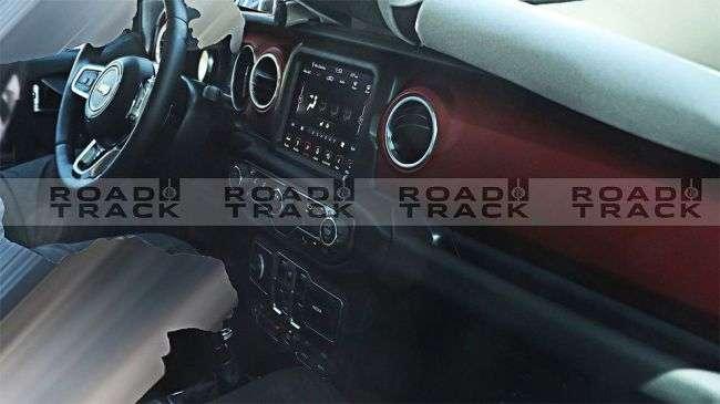 В Мережі опублікована нова партія знімків нового Jeep Wrangler