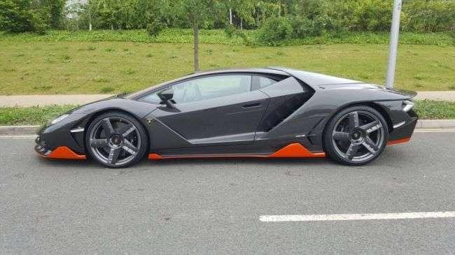 Перший Lamborghini Centenario дістався до Великобританії
