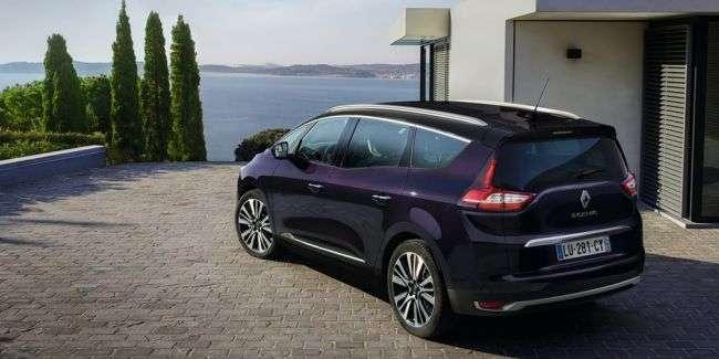 Renault презентувала Scenic і Grand Scenic у версії Initiale Paris
