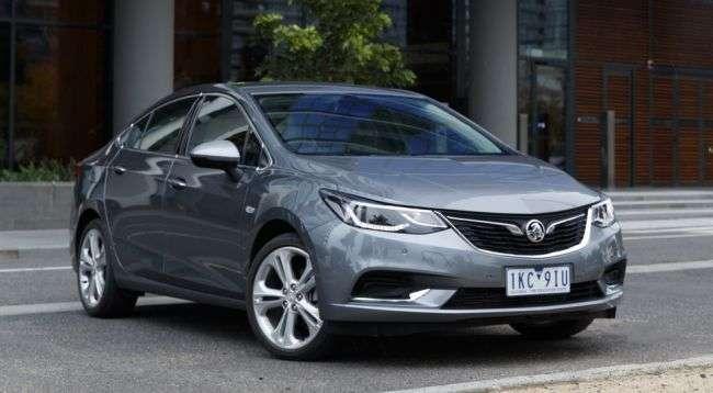 В Австралії стартують продажі нового покоління седана Astra
