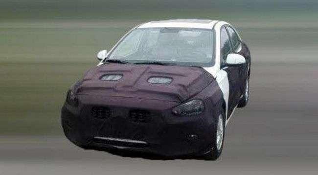Hyundai тестує седан, який буде дешевше Solaris