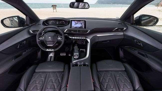 У Китаї відкрили передзамовлення на великий кросовер Peugeot 5008