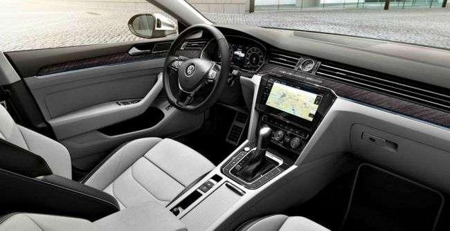 В 2018 році на російському ринку почнуть продавати новітній ліфтбек Volkswagen Arteon