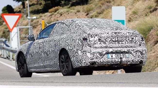 Новий Peugeot 508 в серійному кузові вперше помічений на тестах