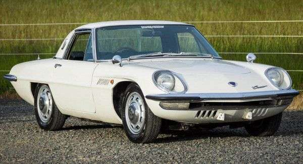 Mazda Cosmo з роторним мотором піде з молотка за 120 000 доларів