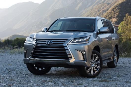 У Росії стартували продажі нового позашляховика Лексус LX