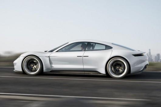 Втомилися від Tesla? Німецькі автовиробники готують електричної Бліцкриг