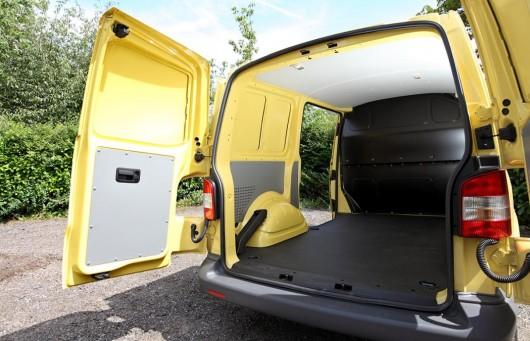 Огляд: Плюси і мінуси 2013-2015 Фольксваген Транспортер, комерційний фургон