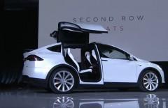 Презентація: Новий Tesla Model X нові подробиці [Фото і відео]