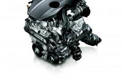 Toyota Crown отримала 2.0 літровий турбомотор і нову підвіску [Відео]