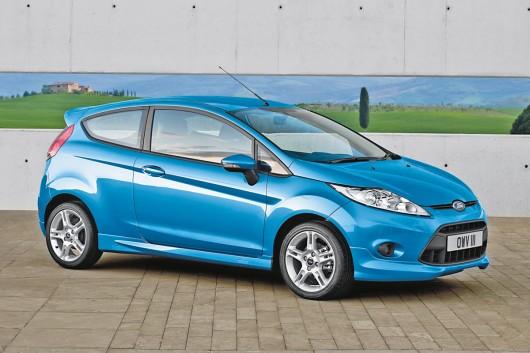 На що потрібно орієнтуватися при покупці невеликого нового автомобіля в 2015 році