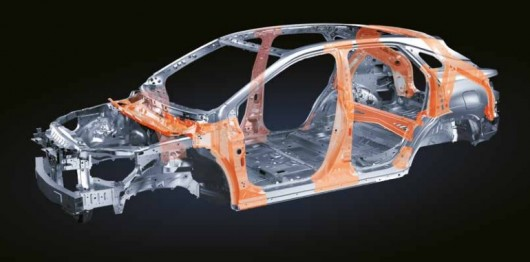 У Росії стали відомі ціни на новий Лексус RX