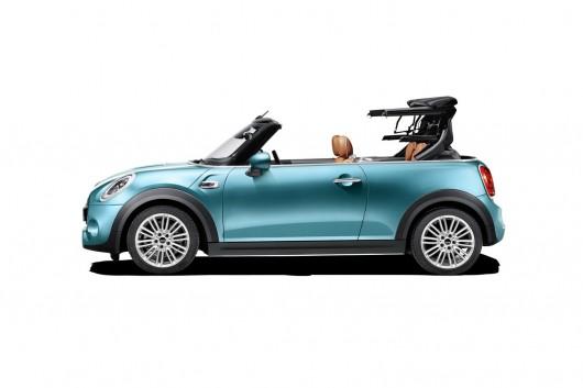 Очікувана премєра 2016 Mini Convertible на автосалоні в Лос Анджелес 2015