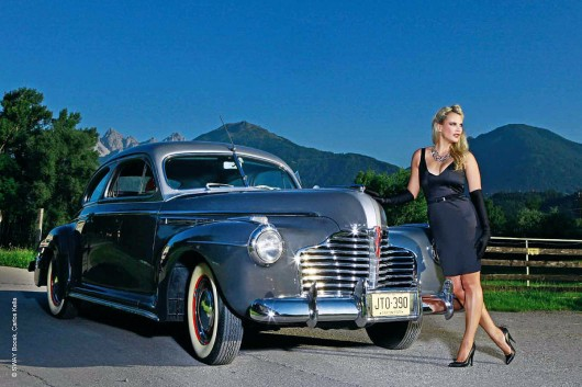 Дівчата і Легендарні американські автомобілі
