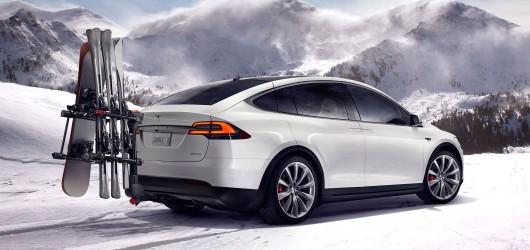 Тесла Model X стане дешевше