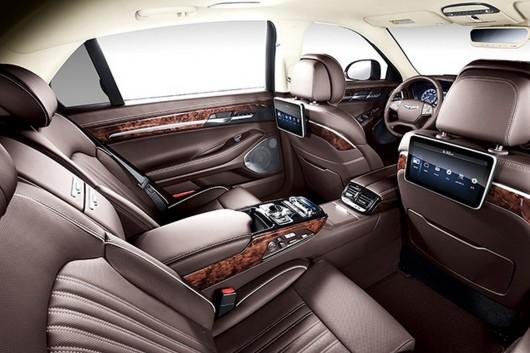 Новий бренд Hyundai Genesis запускає свою першу модель G90
