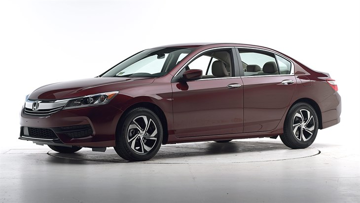 Краш-тест 2016 Honda Accord