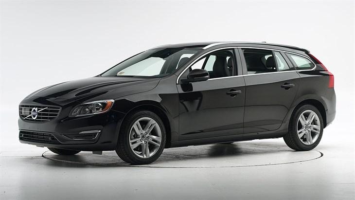 Краш-тест Volvo V60 2016