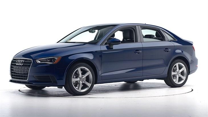 Краш-тест 2016 Audi A3