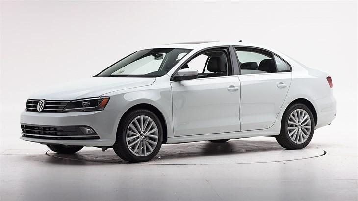 Краш-тест 2016 Volkswagen Jetta
