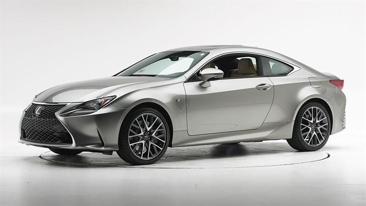 Краш-тест 2016 Lexus RC