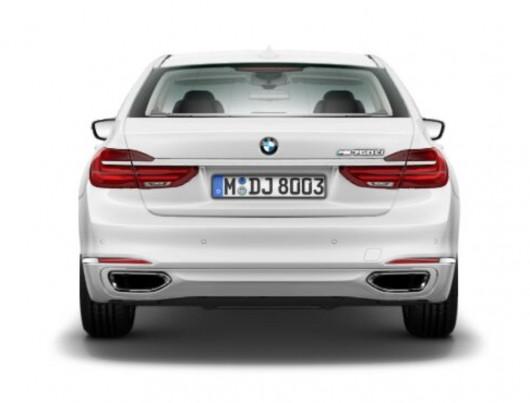 2016 BMW M760Li лонг версія флагманського німецького седана
