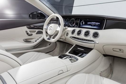 Mercedes-Benz S65 AMG Cabrio на автосалоні в Детройті 2016