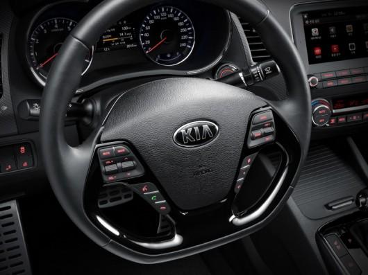 Kia K3, Forte, Cerato на автосалоні в Детройті 2016