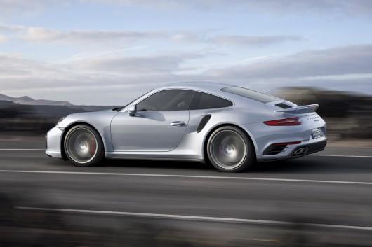 Porsche 911 Turbo & Turbo S на автосалоні в Детройті 2016
