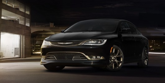 Chrysler 200 і 300 на автосалоні в Чикаго 2016