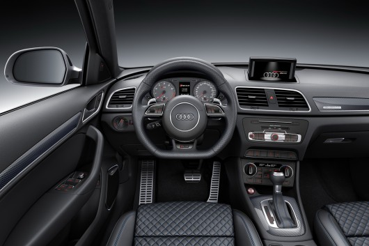 Audi RS Q3 Performance на автосалоні в Женеві 2016